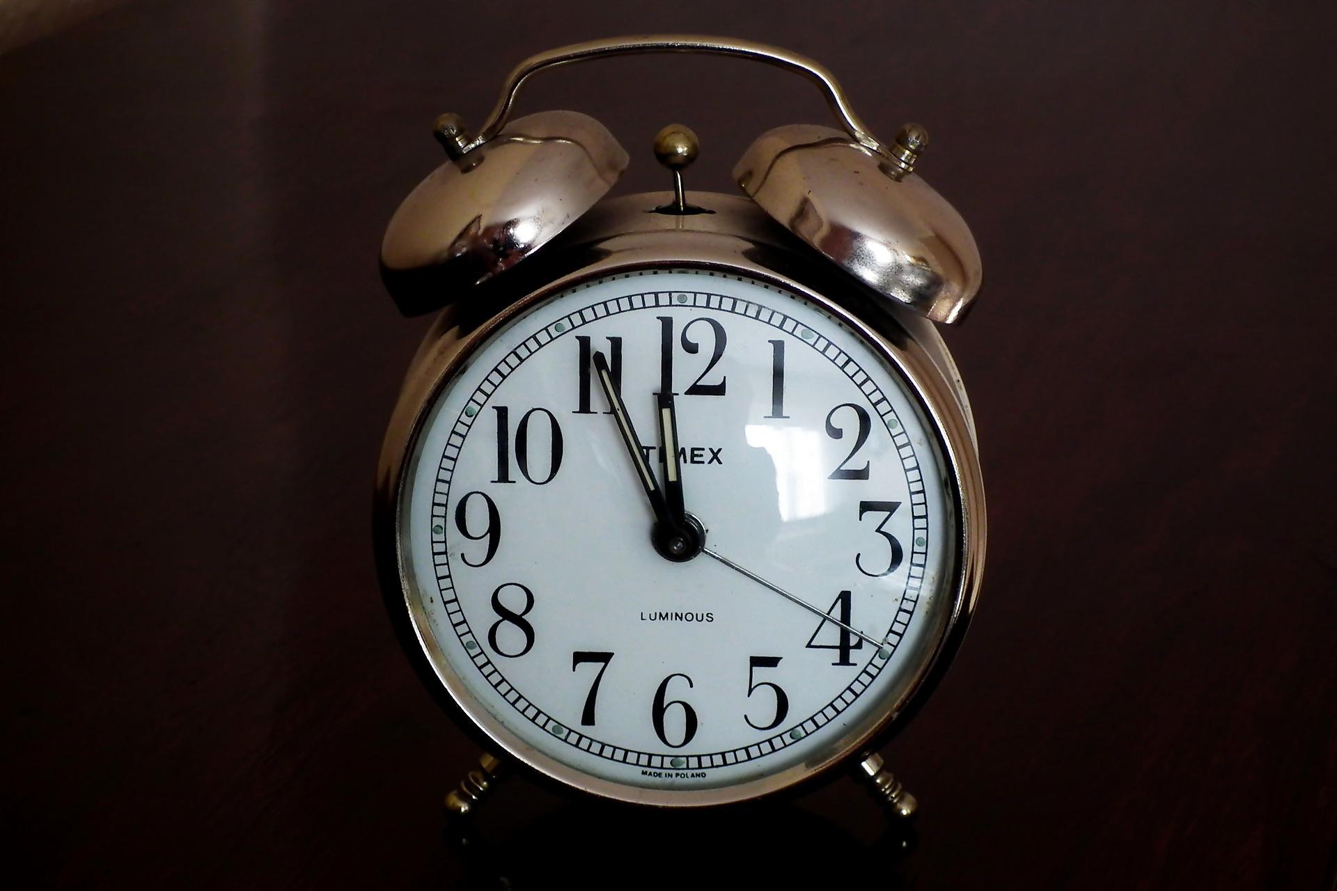 alarm-clock-4711181_1920