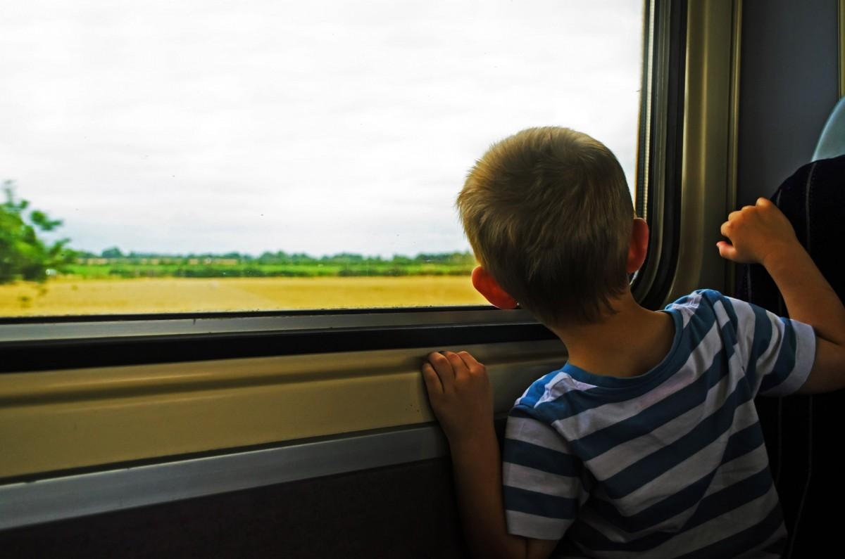 traveling_travel_train_trip_time_car_vehicle_window-1253407